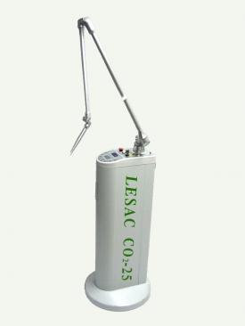 ホクロなどの除去に使用するCO2レーザー