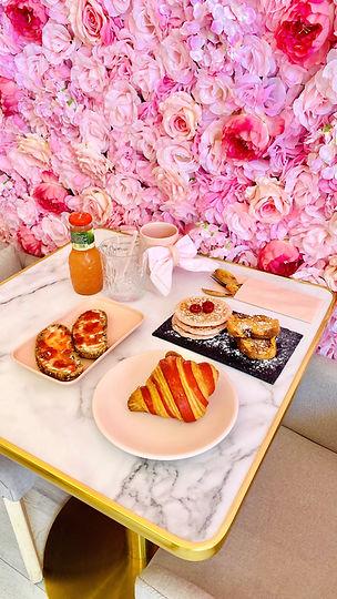 brunch croissant pancake jus salon de thé onlges annecy