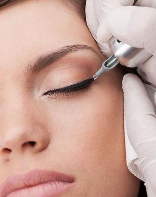 eyeliner maquillage semi permanent institut annecy
