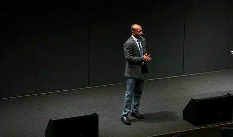 Vidura-public-speaking