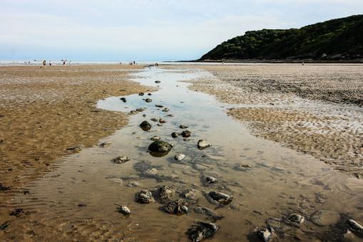10. Low Tide