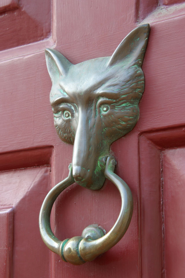 JG Red Fox Inn door knocker.jpg