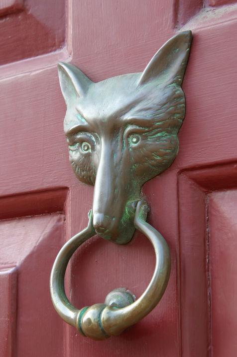 JG Red Fox Inn door knocker.jpg