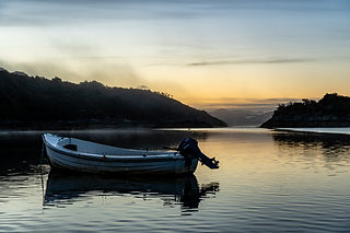 boat_night.jpg