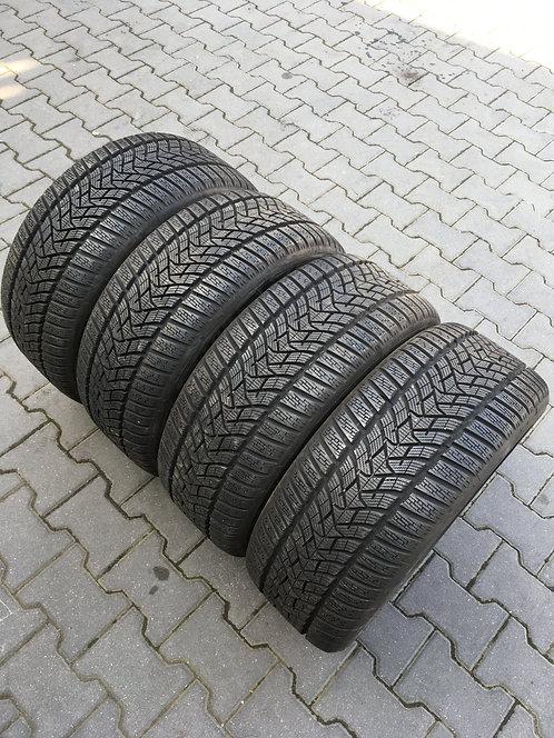 4x 235/45 R17 97 V  Winterreifen Dunlop