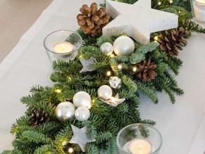 ¿Cómo decorar un centro de mesa con temática navideña?