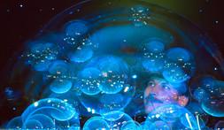 Les bulles dans la bulle