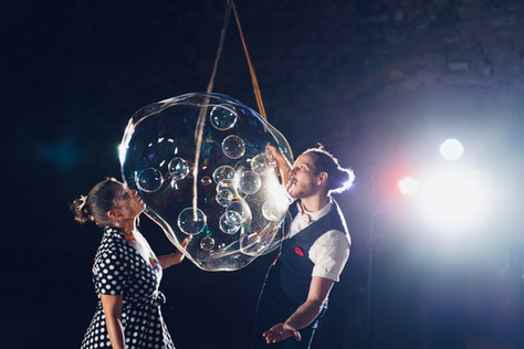 Bubbles inside a giant bubble
