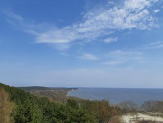 Майский дайждест. Праздники солнца, синего моря и неба!