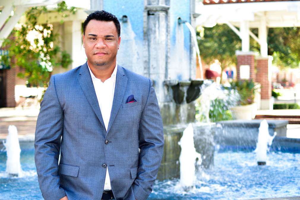 Walcott Creative - Winter Garden, FL Corperate |Professional Headshot Photographer
