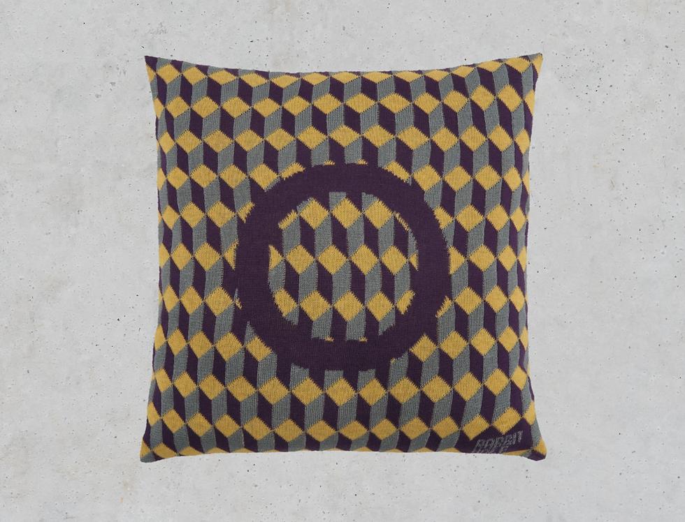 Декоративная подушка геометрия