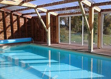 St Christophe piscine.jpg