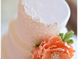 Wedding Wednesday: Golden Lace