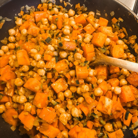 FOOD // ROSIE FRIENDLY CHICKPEA CURRY