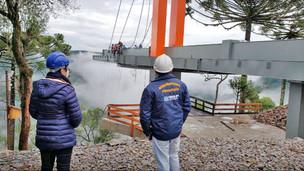 CREA-RS fiscaliza as obras da Passarela de Vidro no Vale da Ferradura