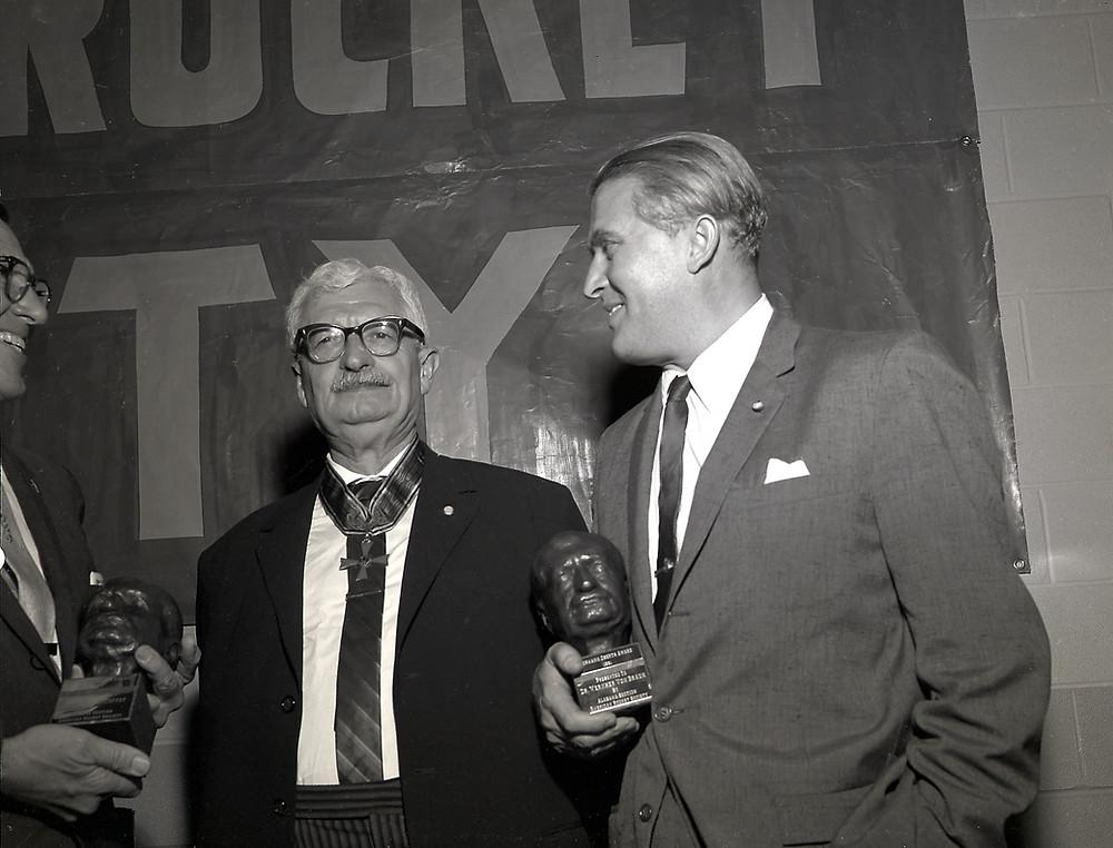 Hermann Oberth (links) mit Wernher von Braun.