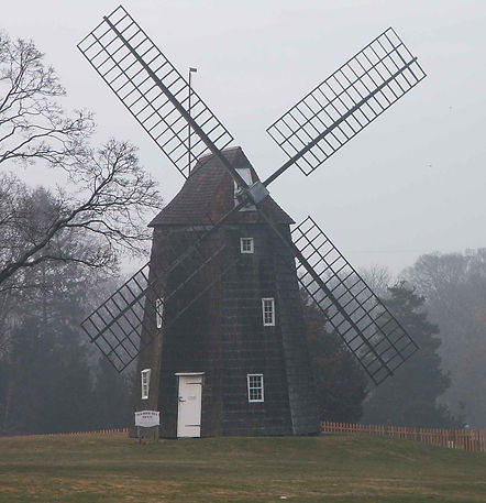 Hook_Windmill_in_East_Hampton.jpg