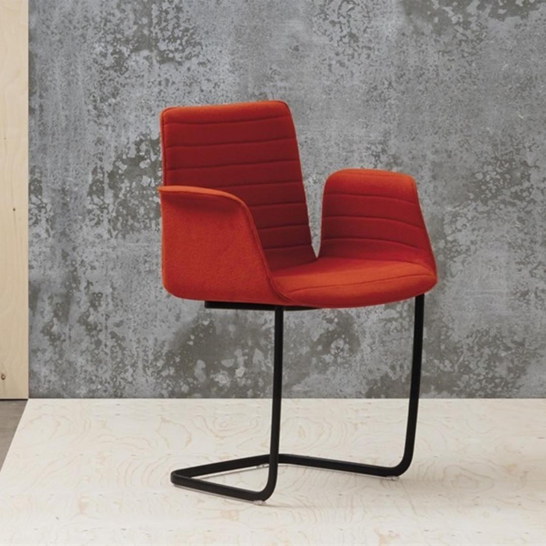 Andreu World - Flex Armchair