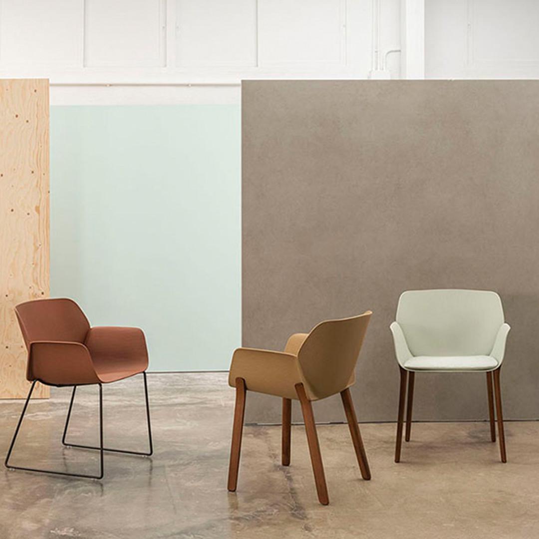 Andreu World - Nuez Chair