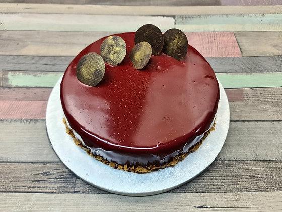 Tort cu Mousse de Ciocolata si Fructe de Padure