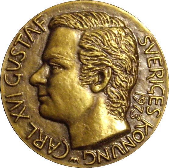 SUECIA. MEDALLA CORONACIÓN REY CARLOS GUSTAVO XVI. 1.973
