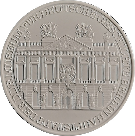 ALEMANIA. MEDALLA PORCELANA MUSEO HISTORIA ALEMANA. DDR