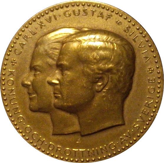 SUECIA. MEDALLA BODA REAL CARLOS GUSTAVO XVI Y SILVIA. 1.976