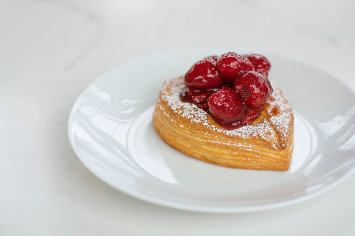 Red Fruits Croissant