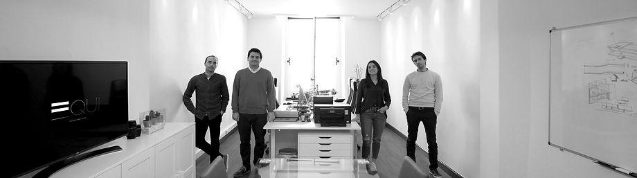 EQUI es un estudio de arquitectura, diseño e interiorismo situado en Bilbao. El EQUIPO es la piedra angular, el EQUILIBRIO nos representa y la EQUIDAD es nuestra apuesta.