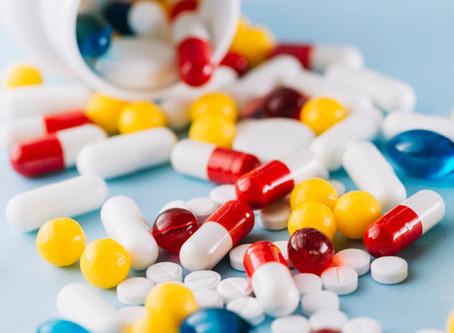 O que significa cada tarja nos medicamentos?
