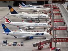 aeroplanes-aircraft-airline-163792.jpg