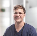 Dr. Alexander Tegner