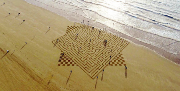 Image Of A Maze At The Beach