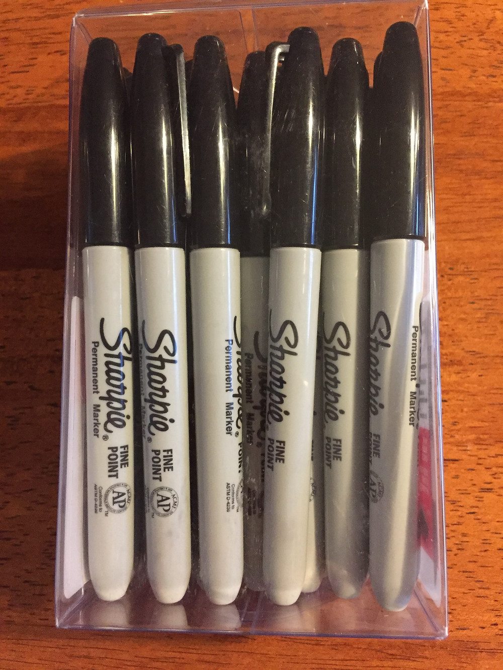 Image of Sharpie Fine Point Permanent Markers