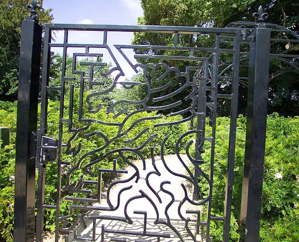 Image Of A Gate Maze Shaped As A Unicorn