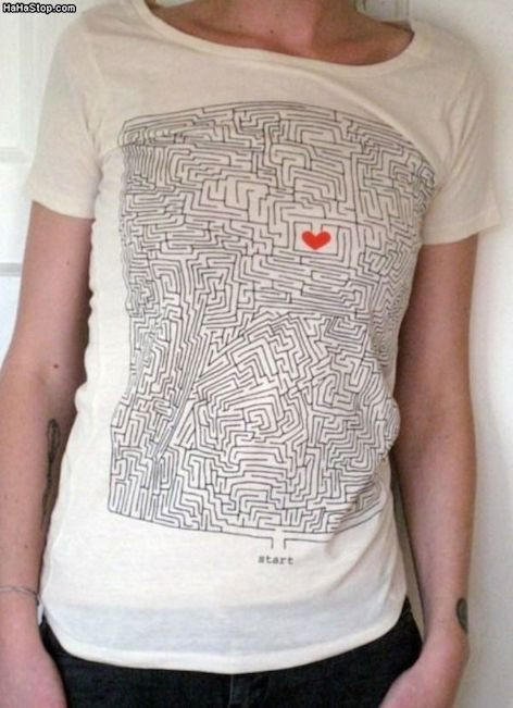 Image Of T-Shirt With A Heart In The Middle Of A Maze