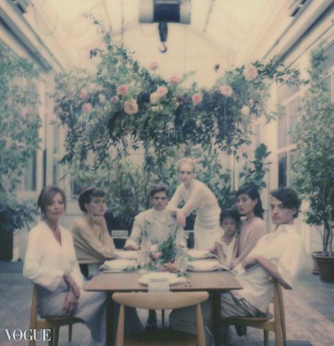 Design floral pour Yugen Project (publié dans Vogue Italie) – Fleuriste de mariage à Genève | Évènements | Décoration florale | Lilas et Rose | Fleurs de mariage | Fine art floral studio | Atelier floral suisse | Swiss wedding florist | Geneva floral design & events