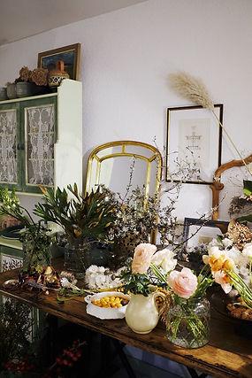 BouFleuriste de mariage à Genève | Évènements | Décoration florale | Lilas et Rose | Fleurs de mariage | Fine art floral studio | Atelier floral suisse | Swiss wedding florist | Geneva floral design & events | Lilas et Rose Studio 1