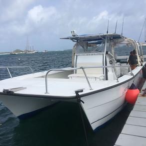 Executive-Travel-Tours-Grenadines-boat.j