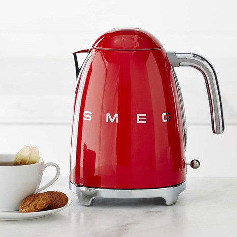 Smeg-50s-Style-Electric-Kettle-Red-aa9d7