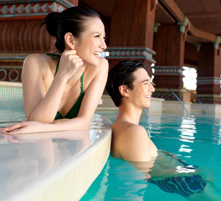 pool-decks-st.jpg