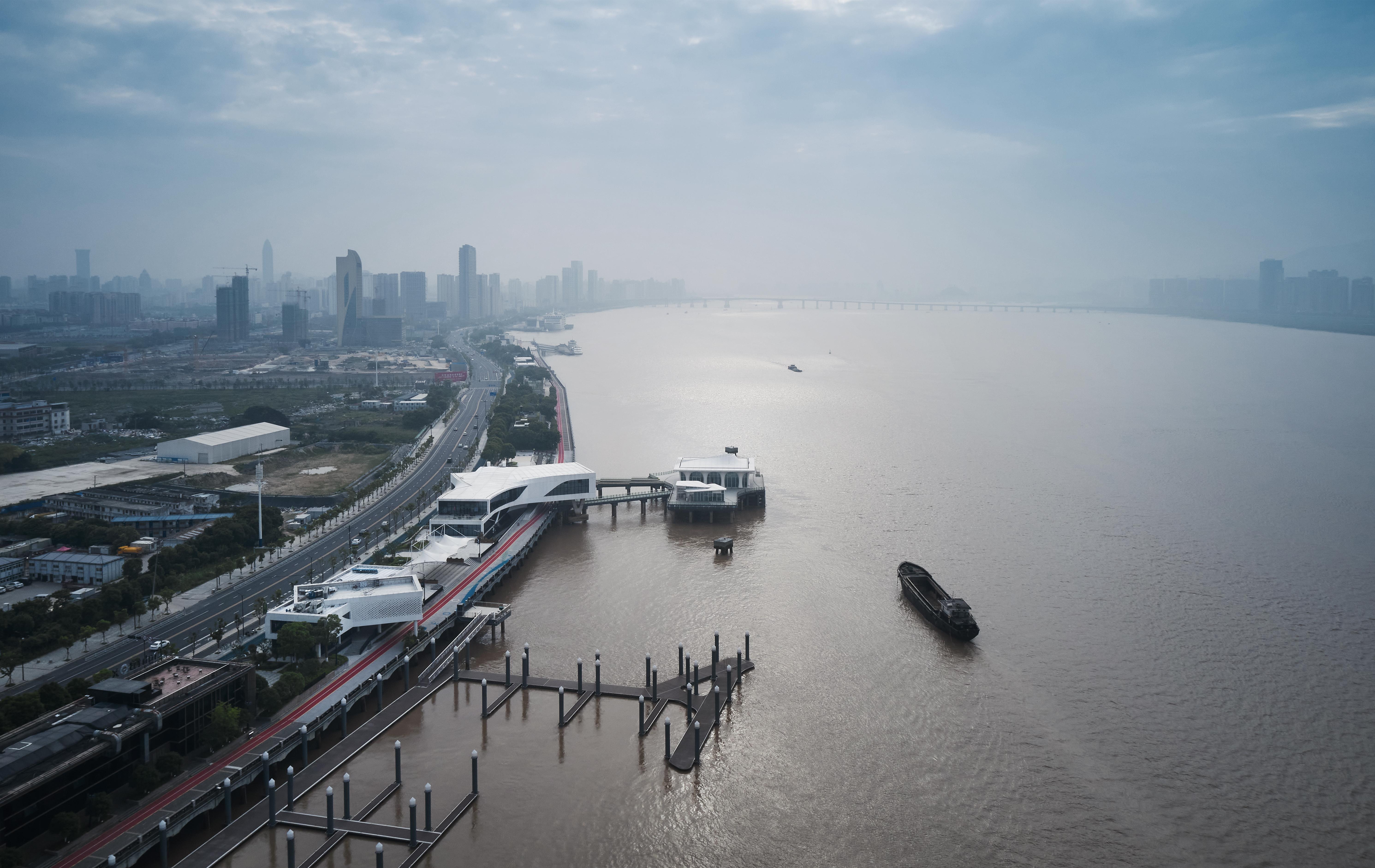 Wenzhou 1.8km Waterfrot Development