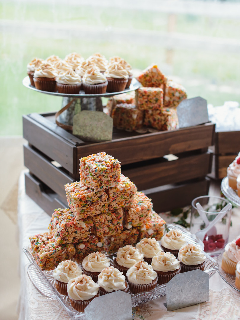 Custom Wedding Cupcakes & Krispies