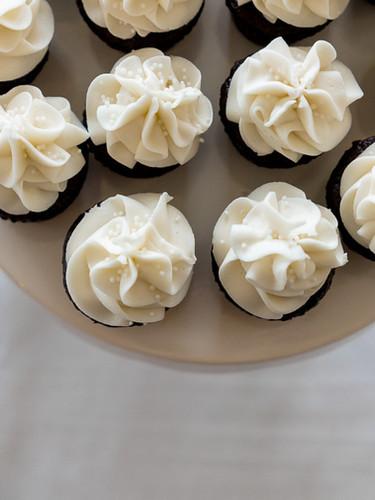 Vanilla Wedding Cupcakes