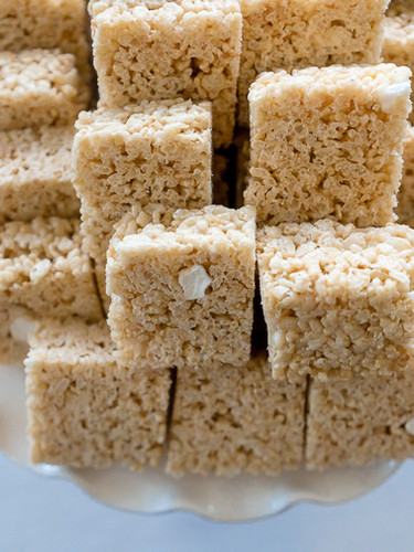 Classic Rice Krispies for a Wedding