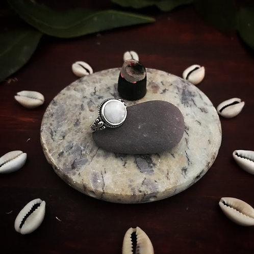 Aarti - anel - Pedra da Lua