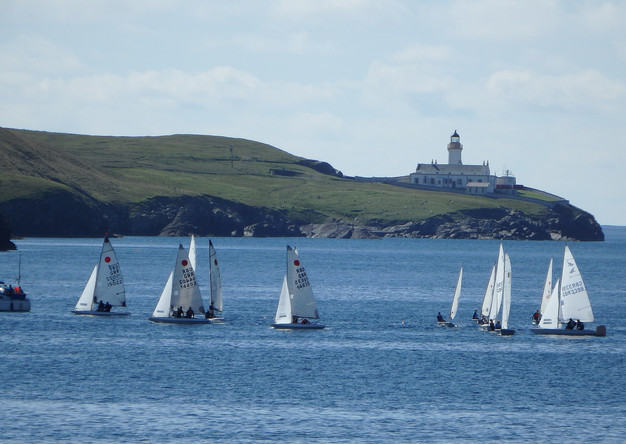 Dinghies getting ready for the start.JPG