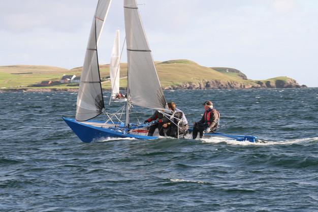 Shetland Model racer Scunner  in a heavy sea
