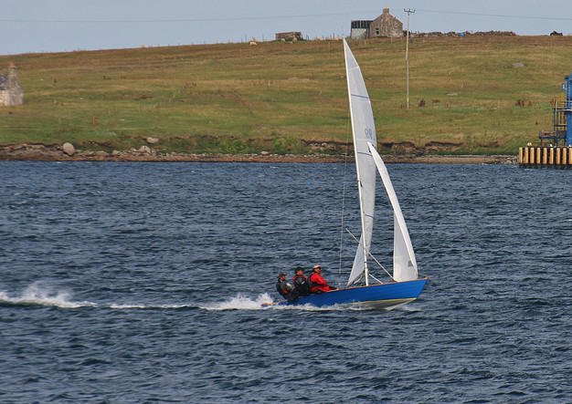 Shetland Model racer Solus on the plane.