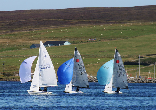 Dinghies on a run
